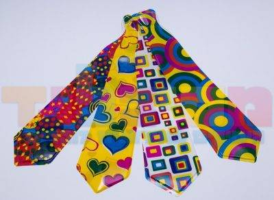 עניבות פלסטיק