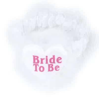 בירית BRIDE TO BE בצורת לב