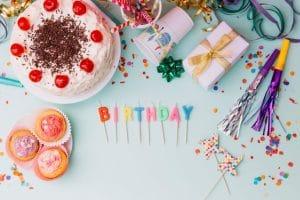 תמונה מתוך יום הולדת שנתיים עם מוצרים של מסיבלנד