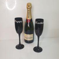 כוס שמפניה שחורה